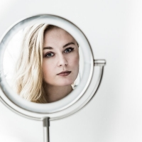 Naima Christensen - Mirror Mirror, Who is the most beautiful of them all