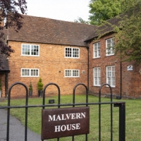 Malvern-House-from-Gate-Jim-Hiscox-1285