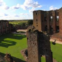 RL-Kenilworth-Castle-Inner-Court-fr-Leicesters-Building