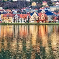 R-Reflections-of-Bergen-Naima